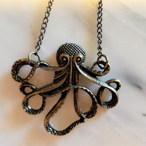 NWOT OCTOPUS Aged Gold Necklace
